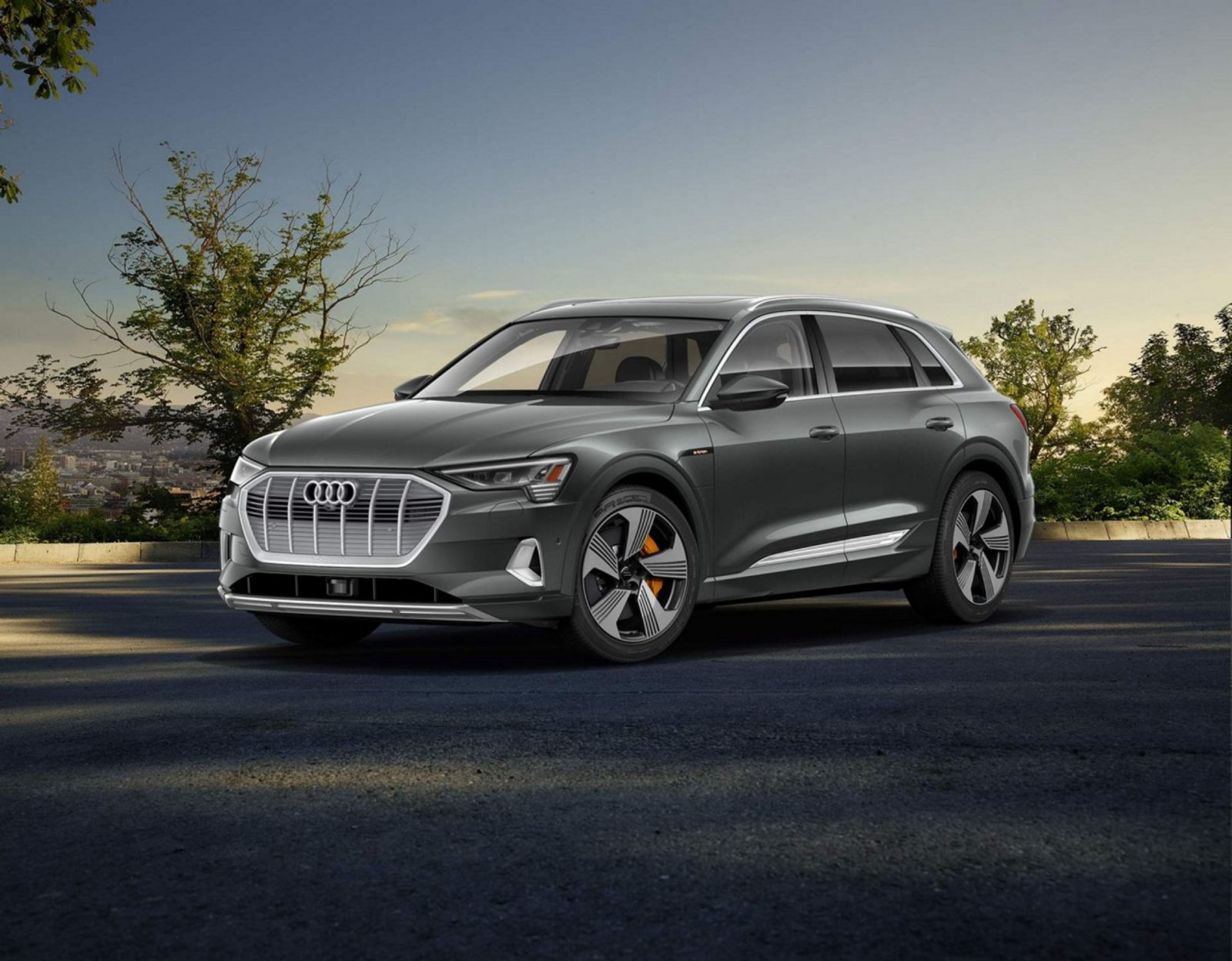 Electric Goes Audi All E Tron Suv Unveiled And Available For Us Customers To Place Reservations